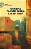 Copertina dell'audiolibro Sabbia nera di CASSAR SCALIA, Cristina